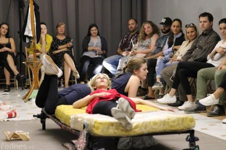 Foto: Premiéra - Jedna na druhú - Art point teatro 24