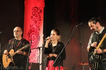 Foto a video: SIMA Martausová a Dievčenský spevácky zbor SRO - Prievidza 2017 2