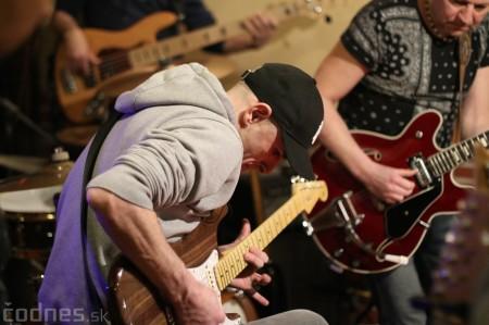 Foto: Gitarový večer - Jozef Engerer, René Lacko a hostia 1