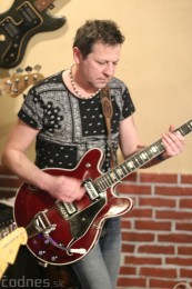Foto: Gitarový večer - Jozef Engerer, René Lacko a hostia 6