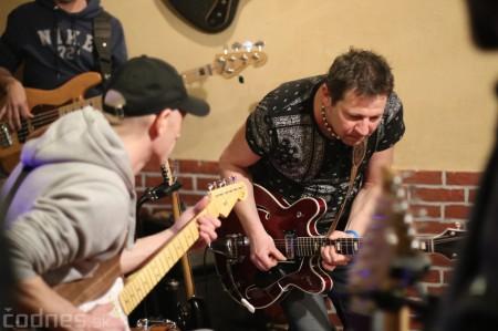 Foto: Gitarový večer - Jozef Engerer, René Lacko a hostia 17