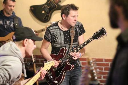 Foto: Gitarový večer - Jozef Engerer, René Lacko a hostia 18