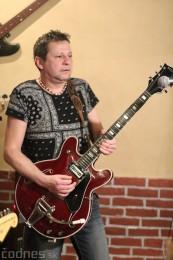 Foto: Gitarový večer - Jozef Engerer, René Lacko a hostia 20