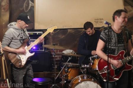Foto: Gitarový večer - Jozef Engerer, René Lacko a hostia 23