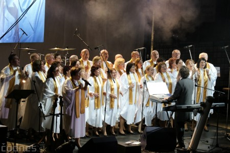 Foto a video: Hviezdne Vianoce 2016 - Karel Gott, Michal David a The gospel family 5