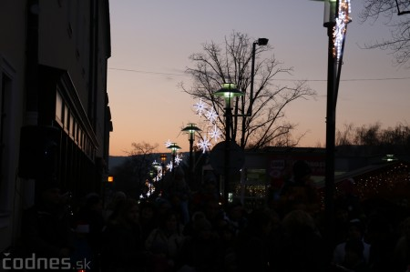 Foto: Mikulášsky sprievod a rozsvietenie vianočného stromčeka 2016 9