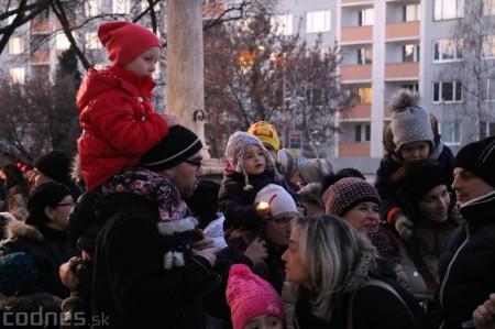 Foto: Mikulášsky sprievod a rozsvietenie vianočného stromčeka 2016 10