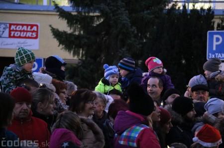 Foto: Mikulášsky sprievod a rozsvietenie vianočného stromčeka 2016 13