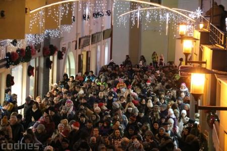 Foto: Mikulášsky sprievod a rozsvietenie vianočného stromčeka 2016 32
