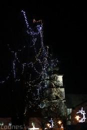 Foto: Mikulášsky sprievod a rozsvietenie vianočného stromčeka 2016 62