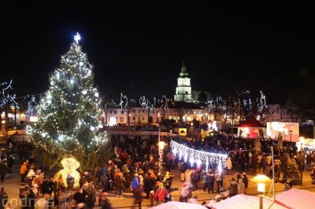 Foto: Mikulášsky sprievod a rozsvietenie vianočného stromčeka 2016 63