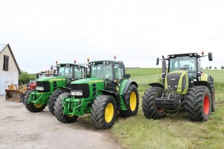 Foto a video: Zraz veteránov traktorov, automobilov a inej techniky - Mačov 2016 14