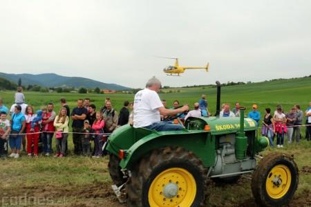 Foto a video: Zraz veteránov traktorov, automobilov a inej techniky - Mačov 2016 37