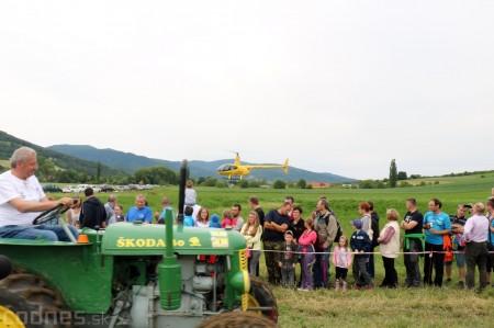 Foto a video: Zraz veteránov traktorov, automobilov a inej techniky - Mačov 2016 38