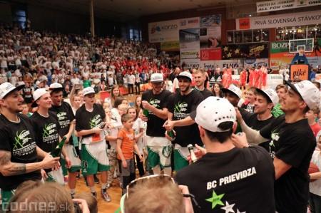 Foto: BC Prievidza novým majstrom SBL, získali sme šiesty titul 68