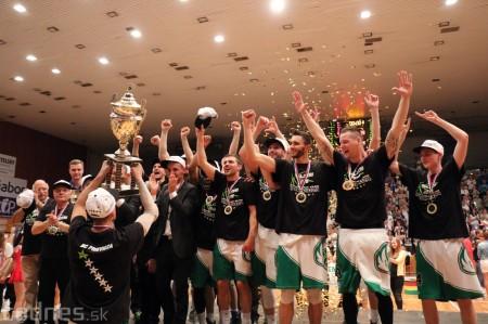 Foto: BC Prievidza novým majstrom SBL, získali sme šiesty titul 91
