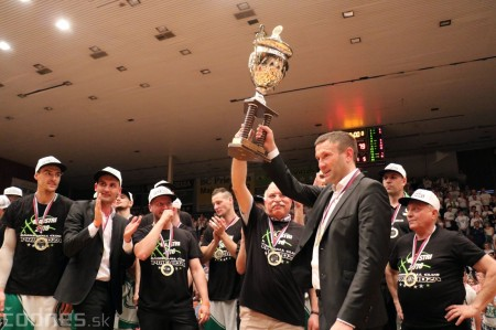 Foto: BC Prievidza novým majstrom SBL, získali sme šiesty titul 95