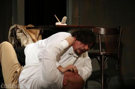 Foto: Divadlo Astorka - Idiot 7