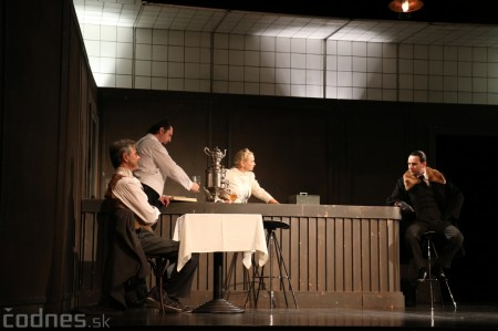 Foto: Divadlo Astorka - Idiot 25