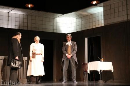 Foto: Divadlo Astorka - Idiot 31