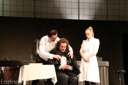 Foto: Divadlo Astorka - Idiot 33