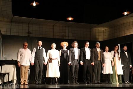 Foto: Divadlo Astorka - Idiot 35
