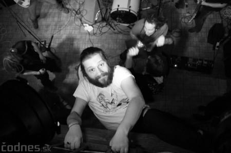 Foto a video: Rage Against the Machine - guerrilla tribute band - Piano Prievidza 2016 18