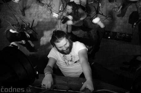 Foto a video: Rage Against the Machine - guerrilla tribute band - Piano Prievidza 2016 19