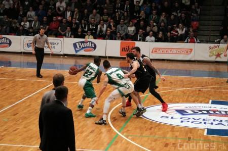 Foto: Budiš Slovenský pohár 2016 - finále: BK Inter Bratislava - BC Prievidza 100:93 32