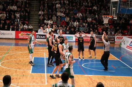Foto: BC Prievidza - Inter Bratislava 84:68 20