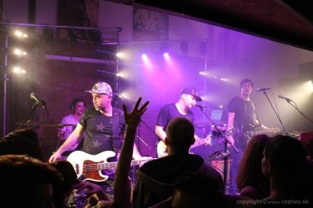 Foto: Lavagance - Halfway to the Grave Tour 2015 - Prievidza Piano 5