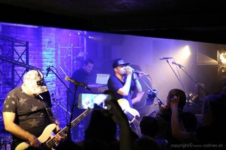 Foto: Lavagance - Halfway to the Grave Tour 2015 - Prievidza Piano 10