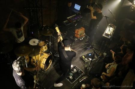 Foto: Lavagance - Halfway to the Grave Tour 2015 - Prievidza Piano 16