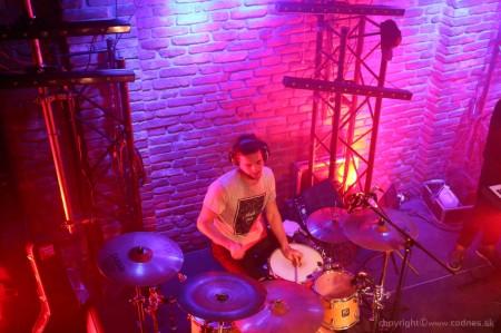 Foto: Lavagance - Halfway to the Grave Tour 2015 - Prievidza Piano 20