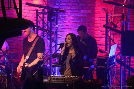 Foto: Lavagance - Halfway to the Grave Tour 2015 - Prievidza Piano 45