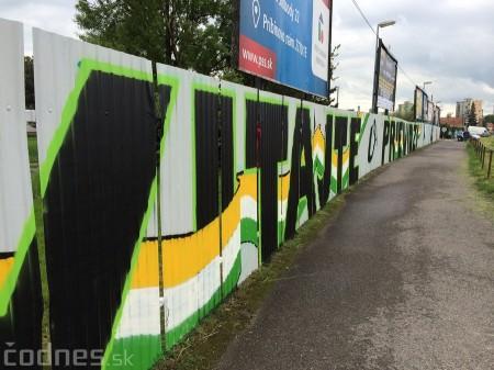 Foto: Vitajte v Prievidzi - sprejeri skrášlili plot 27