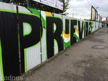 Foto: Vitajte v Prievidzi - sprejeri skrášlili plot 28