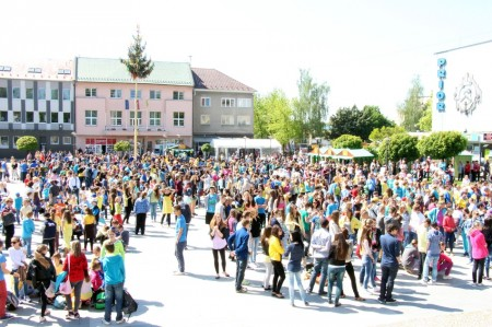 Video a foto: Čardáš dupkaný - Slovenský rekord - Prievidza 2014 12