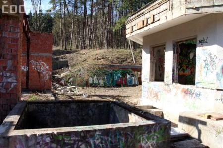 Foto a video: Búranie kryté bazény Čajka Bojnice 21