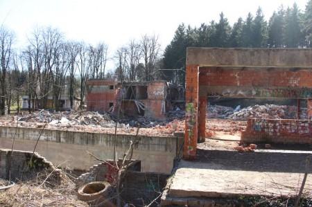 Foto a video: Búranie kryté bazény Čajka Bojnice 24