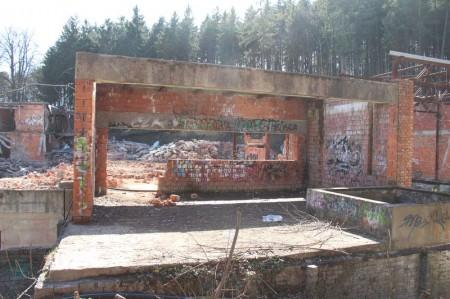 Foto a video: Búranie kryté bazény Čajka Bojnice 25