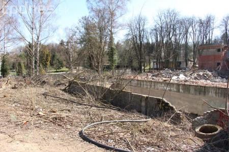Foto a video: Búranie kryté bazény Čajka Bojnice 26