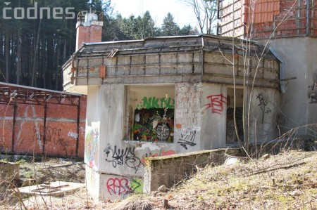 Foto a video: Búranie kryté bazény Čajka Bojnice 29