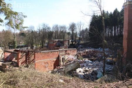 Foto a video: Búranie kryté bazény Čajka Bojnice 33
