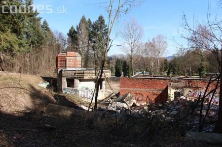 Foto a video: Búranie kryté bazény Čajka Bojnice 34