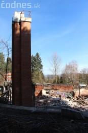 Foto a video: Búranie kryté bazény Čajka Bojnice 35