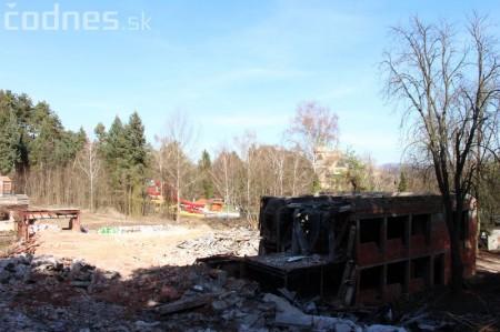 Foto a video: Búranie kryté bazény Čajka Bojnice 41