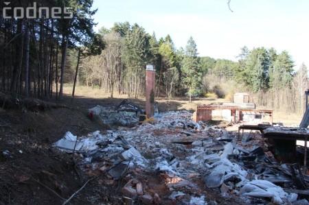 Foto a video: Búranie kryté bazény Čajka Bojnice 43
