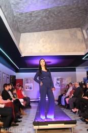 Foto: Módna prehliadka - kožuchy, spodné prádlo, šperky 56