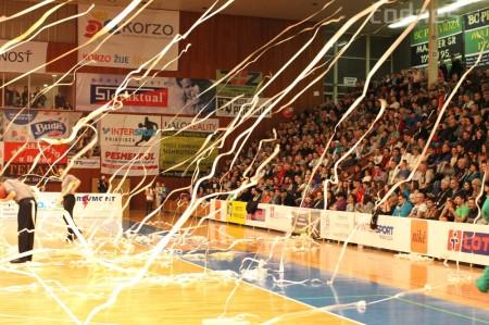 Foto a video: BC Prievidza - MBK Handlová 75:49 1